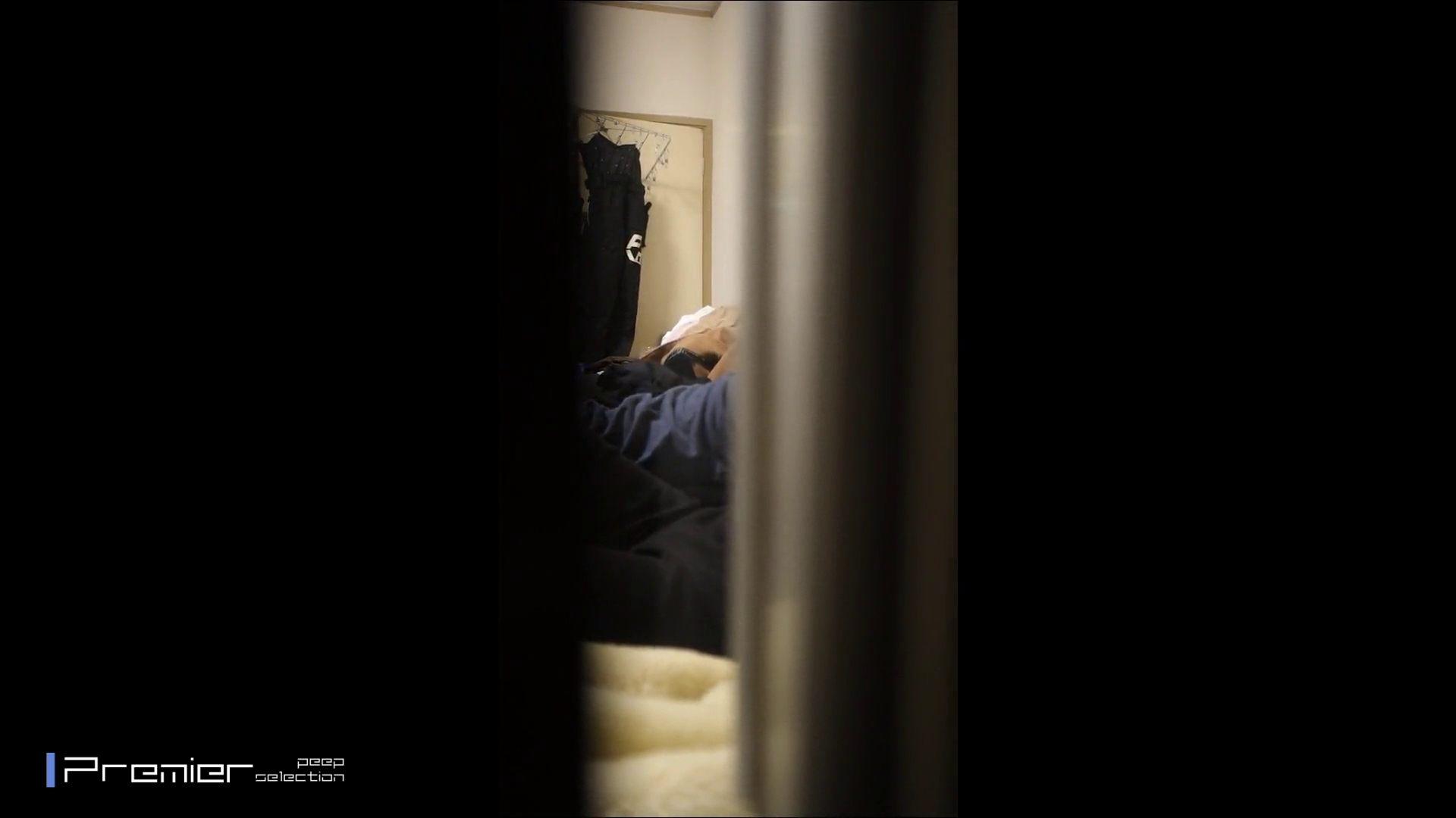 美女達の私生活に潜入!★永久保存版★2組の超美人JDカップル リアルSEX完全版 美女のボディ ワレメ無修正動画無料 76PIX 2