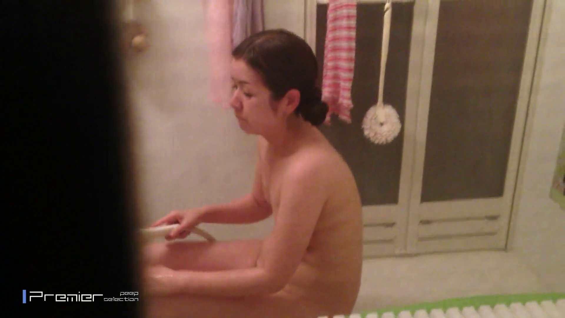 臨場感抜群!美人 OL の入浴シーン未公開版  美女達の私生活に潜入! 美女のボディ AV無料動画キャプチャ 98PIX 20