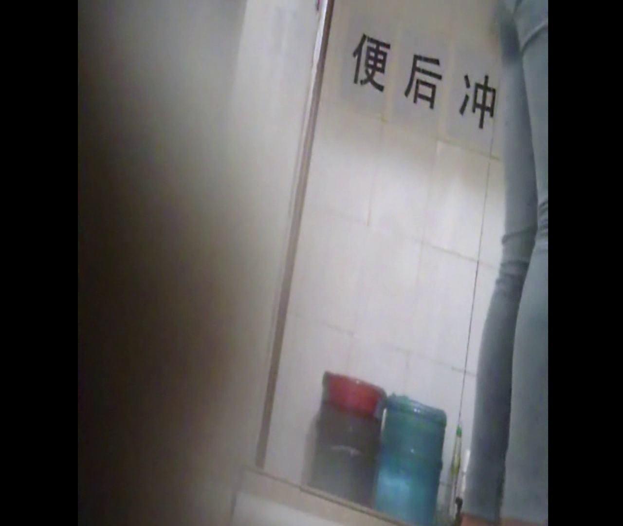 Vol.25 美女が「プーっ!」 洗面所  54PIX 20