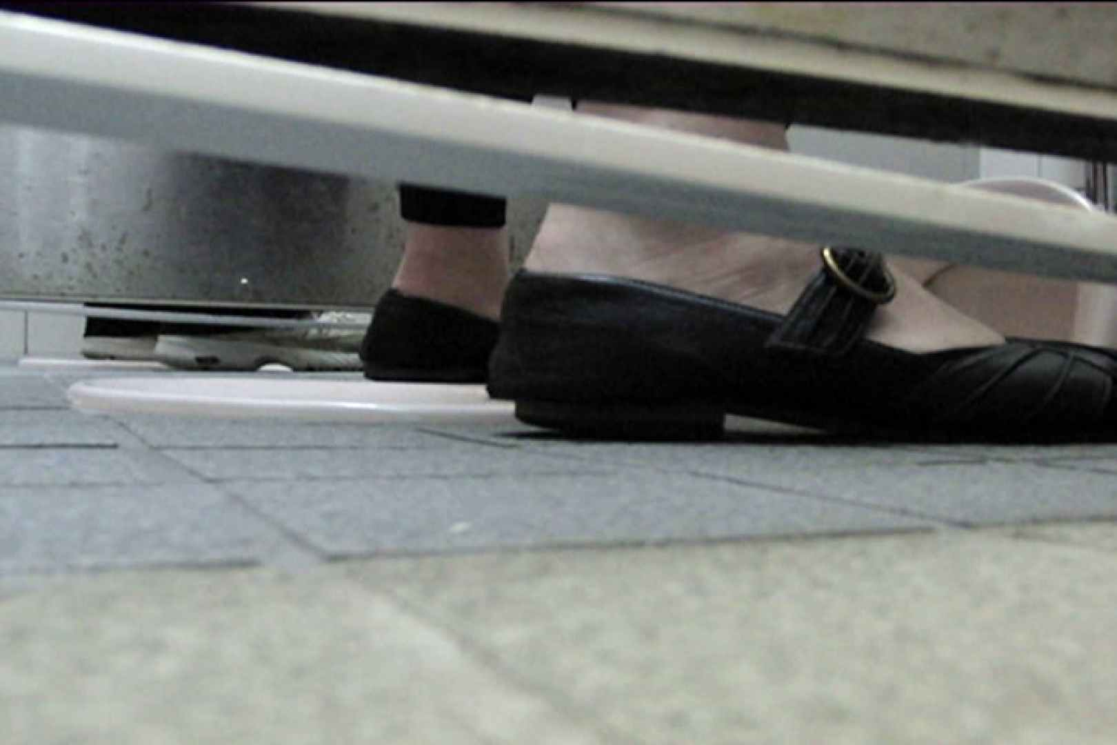 洗面所固定カメラ撮影 オムニバスNol.1 洗面所   OLのボディ  109PIX 55