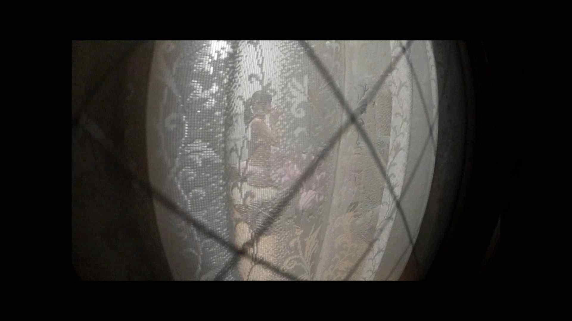 【04】別の日・・・魚眼レンズで広角に撮れました。 盗撮 | 熟女  80PIX 41