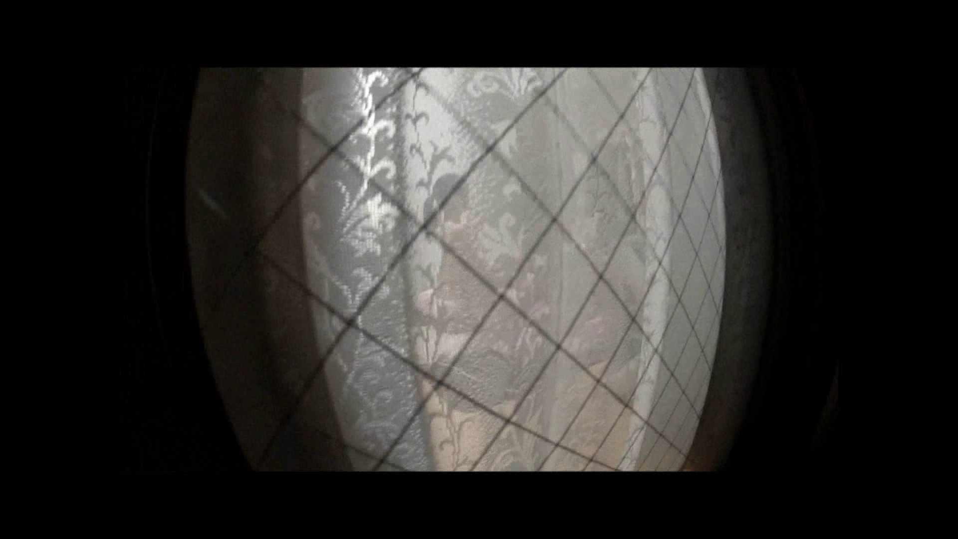 【04】別の日・・・魚眼レンズで広角に撮れました。 盗撮  80PIX 44