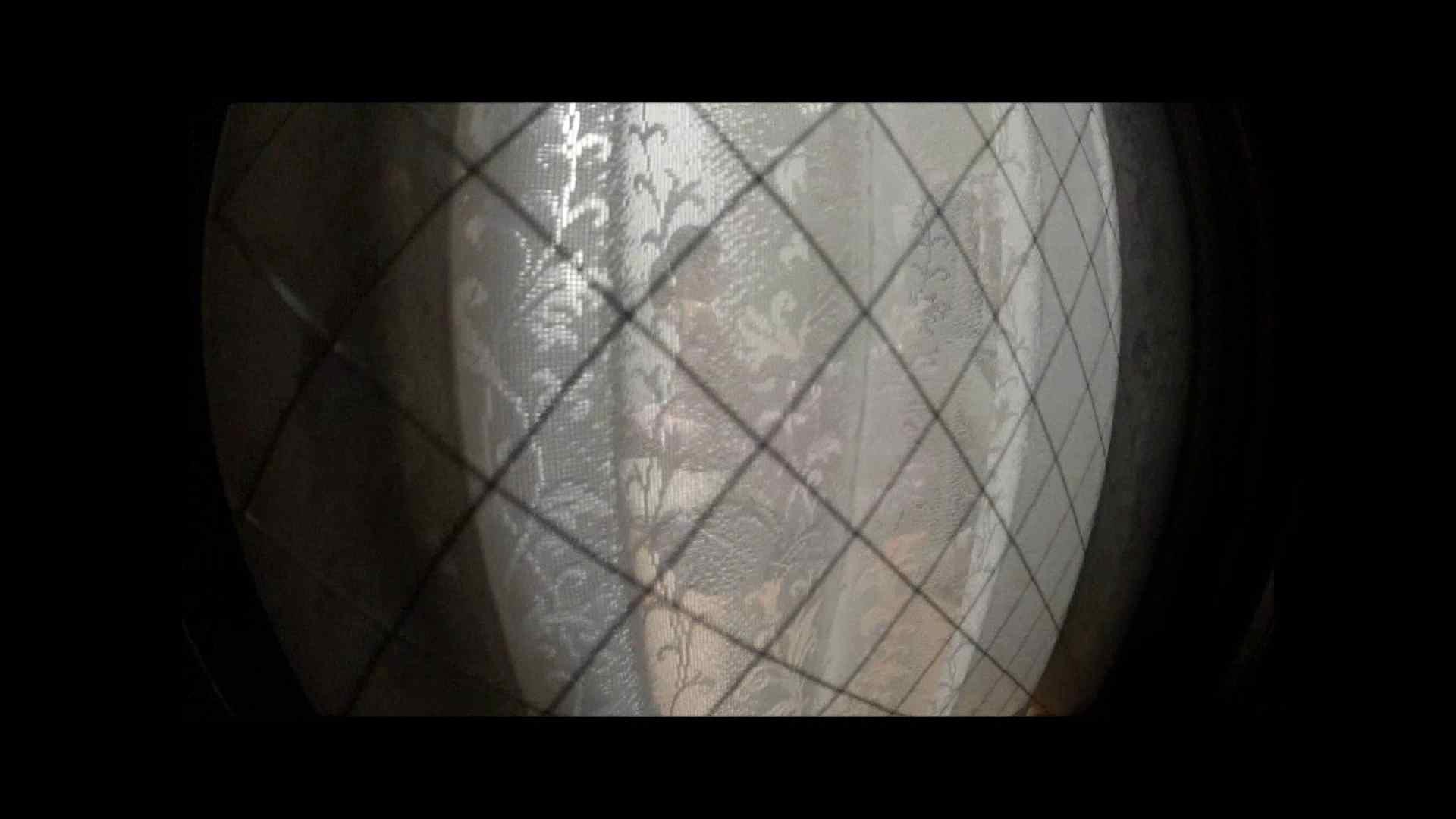【04】別の日・・・魚眼レンズで広角に撮れました。 盗撮 | 熟女  80PIX 45