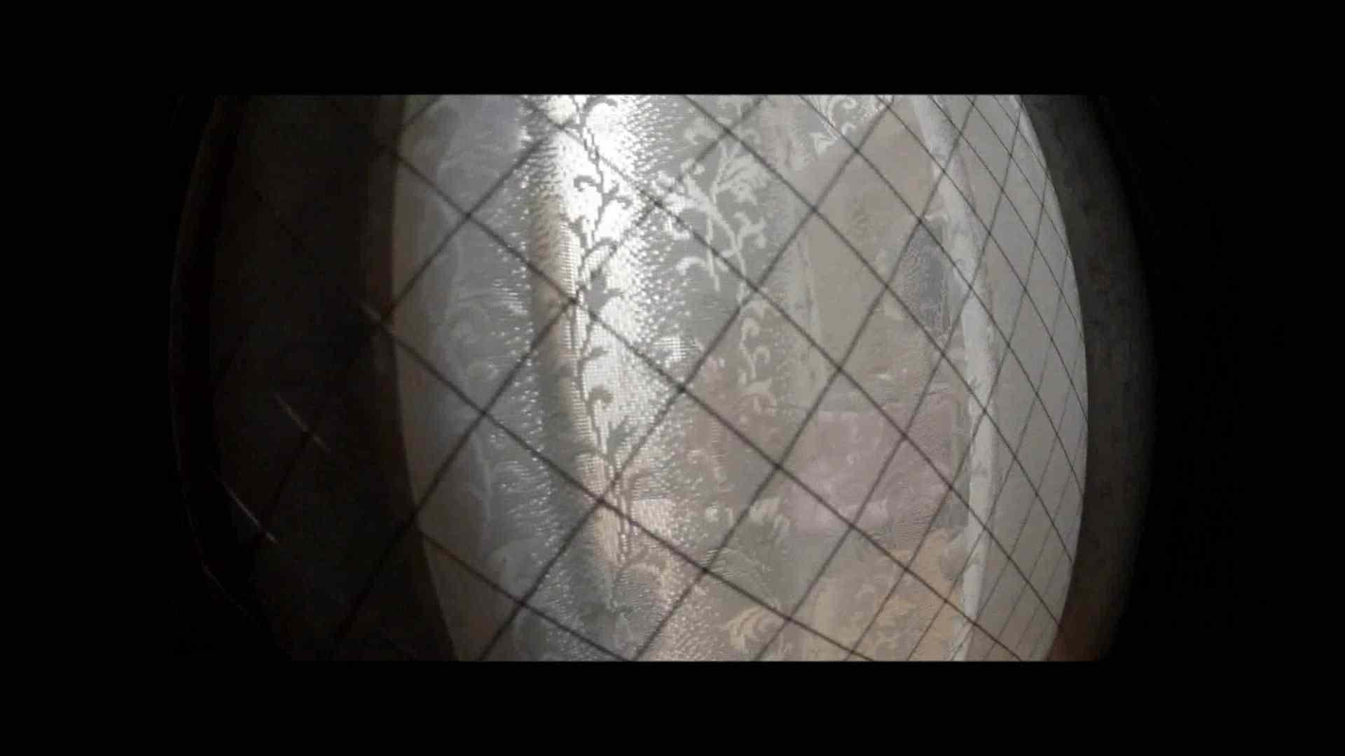 【04】別の日・・・魚眼レンズで広角に撮れました。 盗撮 | 熟女  80PIX 49