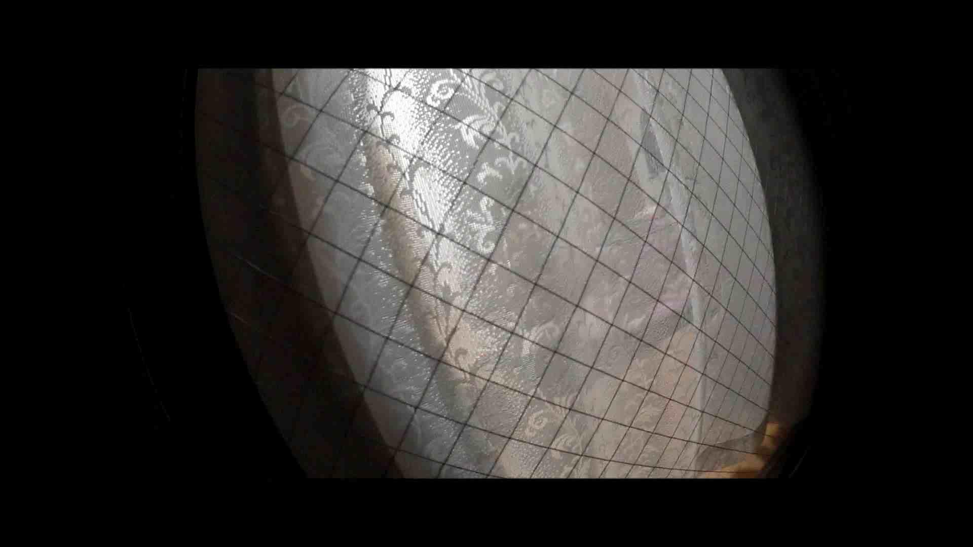 【04】別の日・・・魚眼レンズで広角に撮れました。 盗撮 | 熟女  80PIX 53