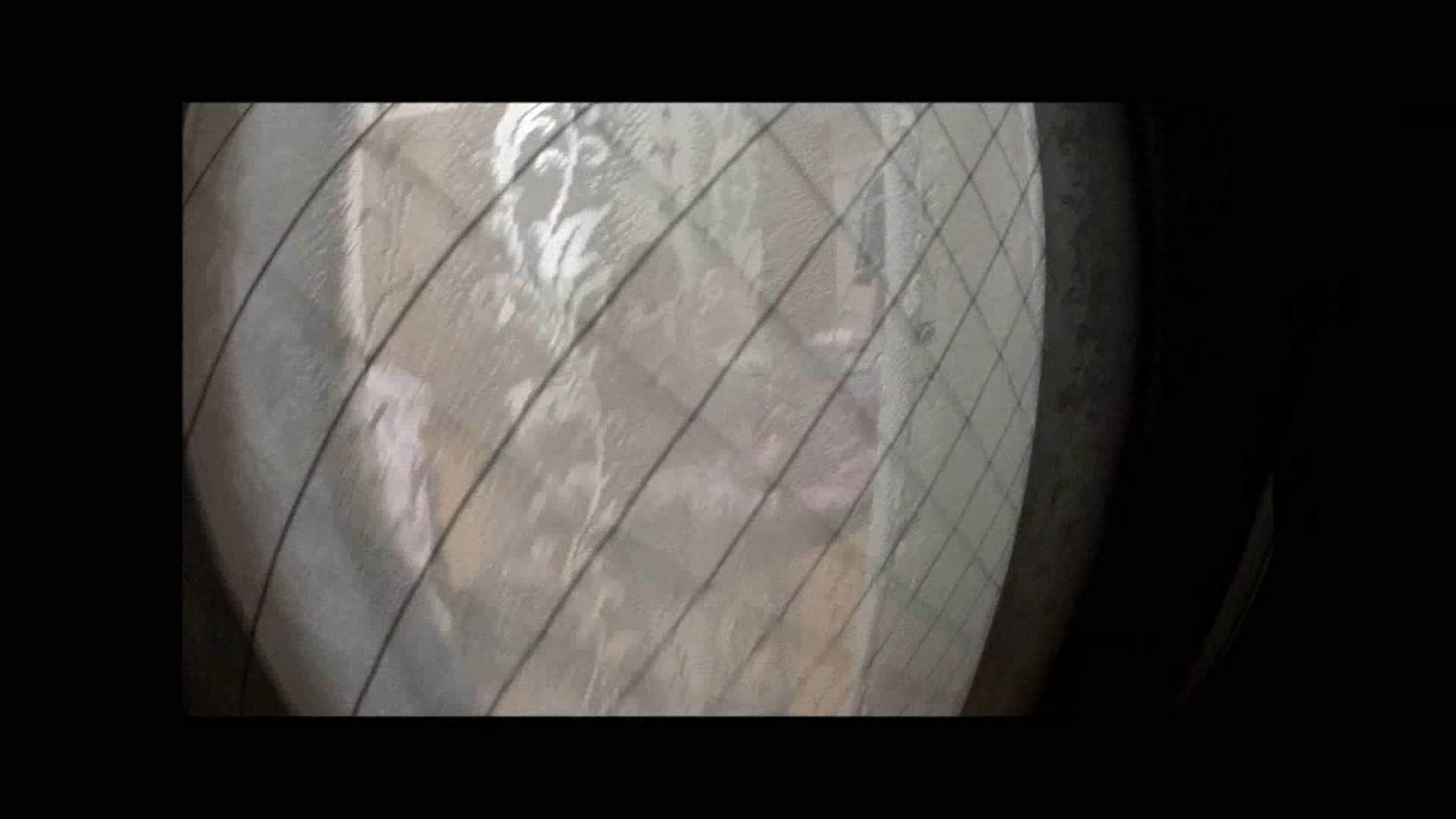 【04】別の日・・・魚眼レンズで広角に撮れました。 盗撮 | 熟女  80PIX 65