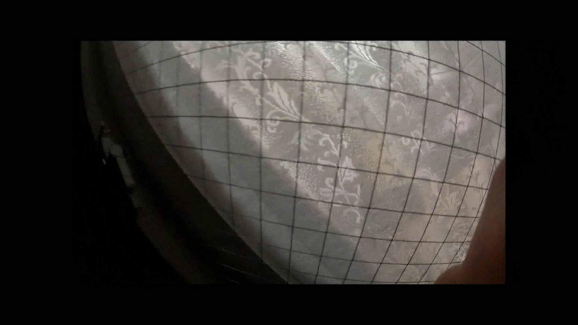 【04】別の日・・・魚眼レンズで広角に撮れました。 盗撮 | 熟女  80PIX 77