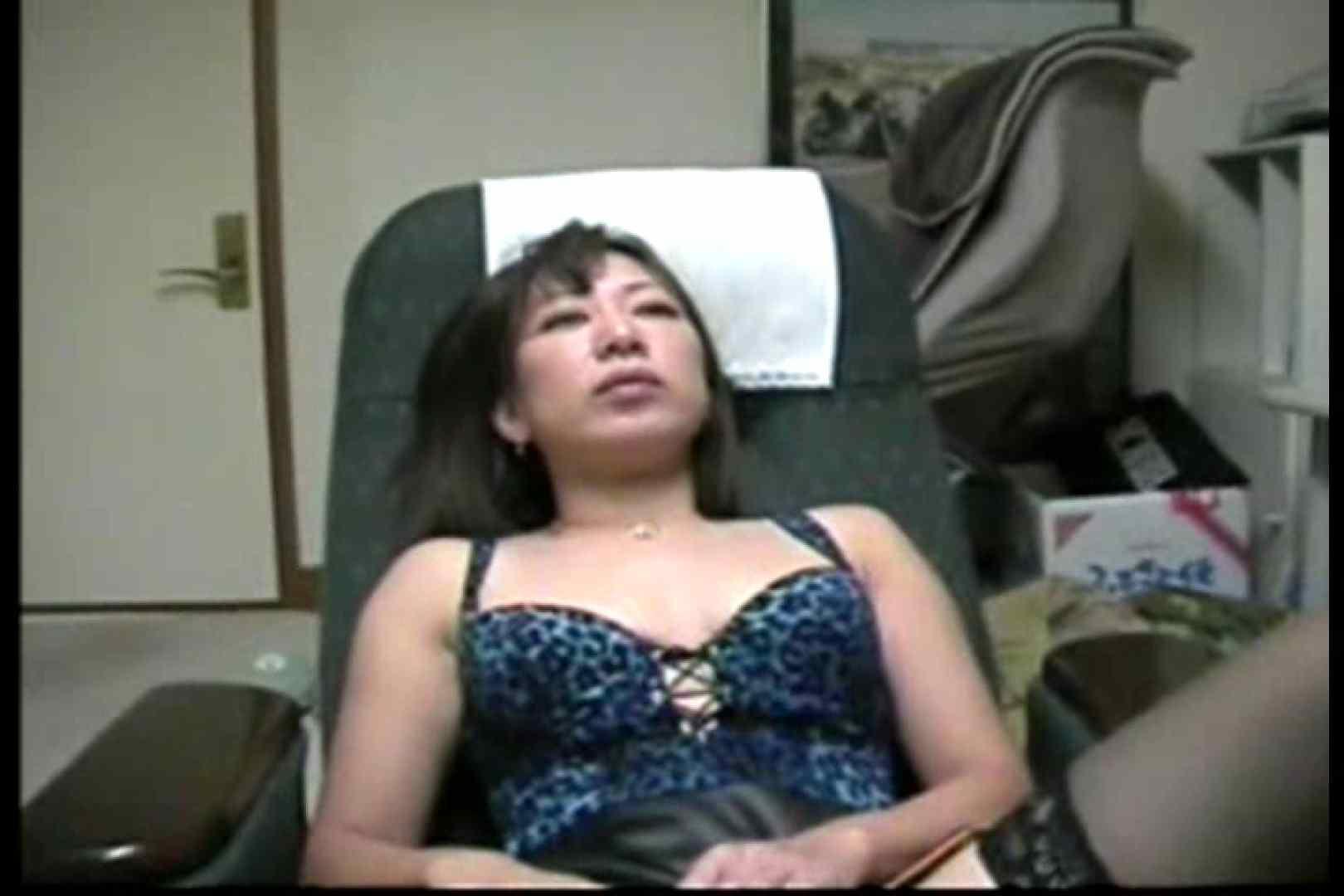 美熟女の野外露出プレイ 熟女 盗み撮り動画キャプチャ 107PIX 10