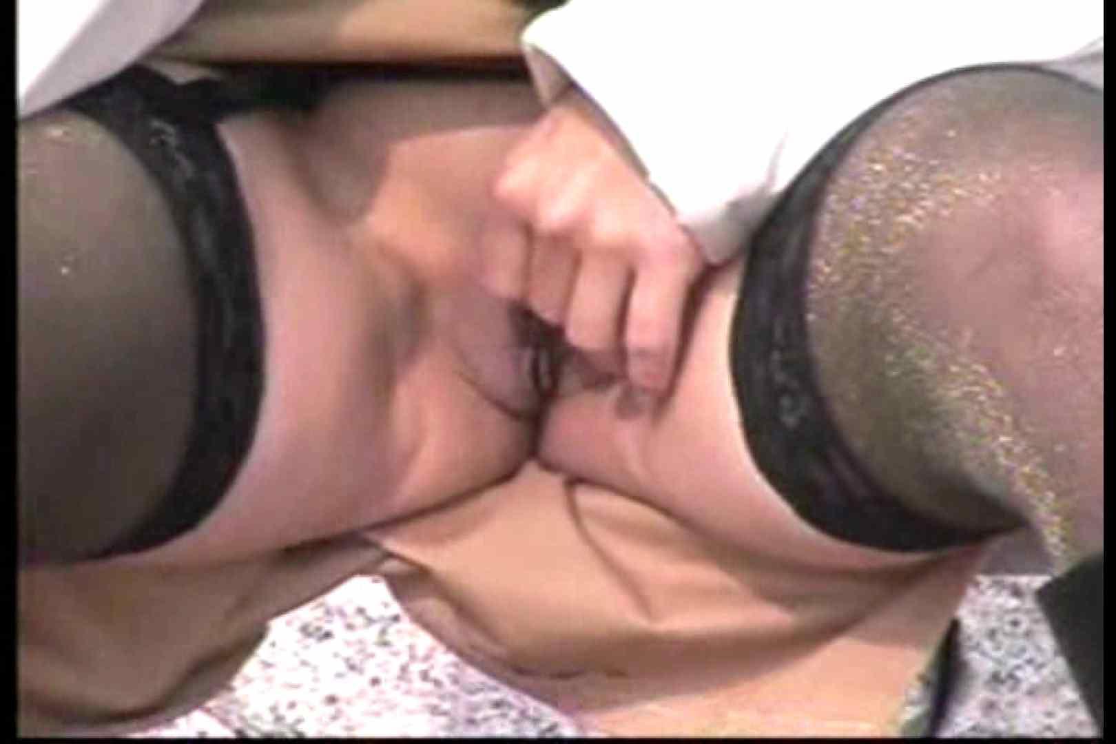 美熟女の野外露出プレイ 熟女 盗み撮り動画キャプチャ 107PIX 42
