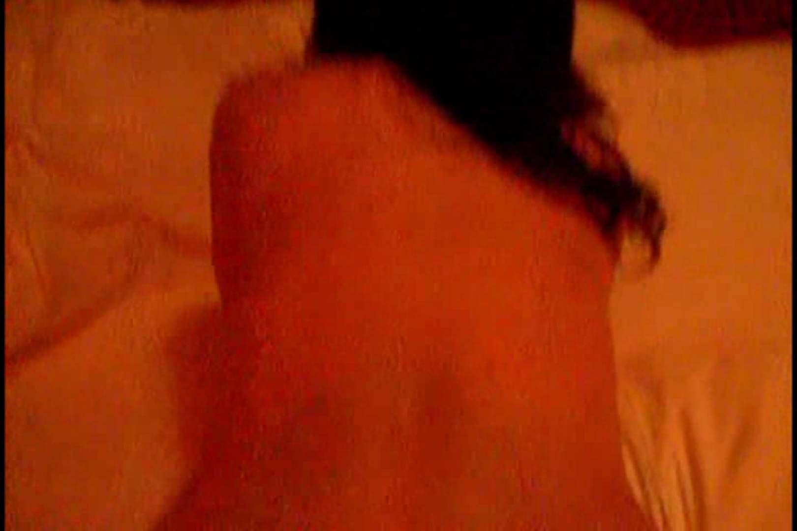 某掲示板に投稿された素人女性たちVOL.9 ホテル  94PIX 48