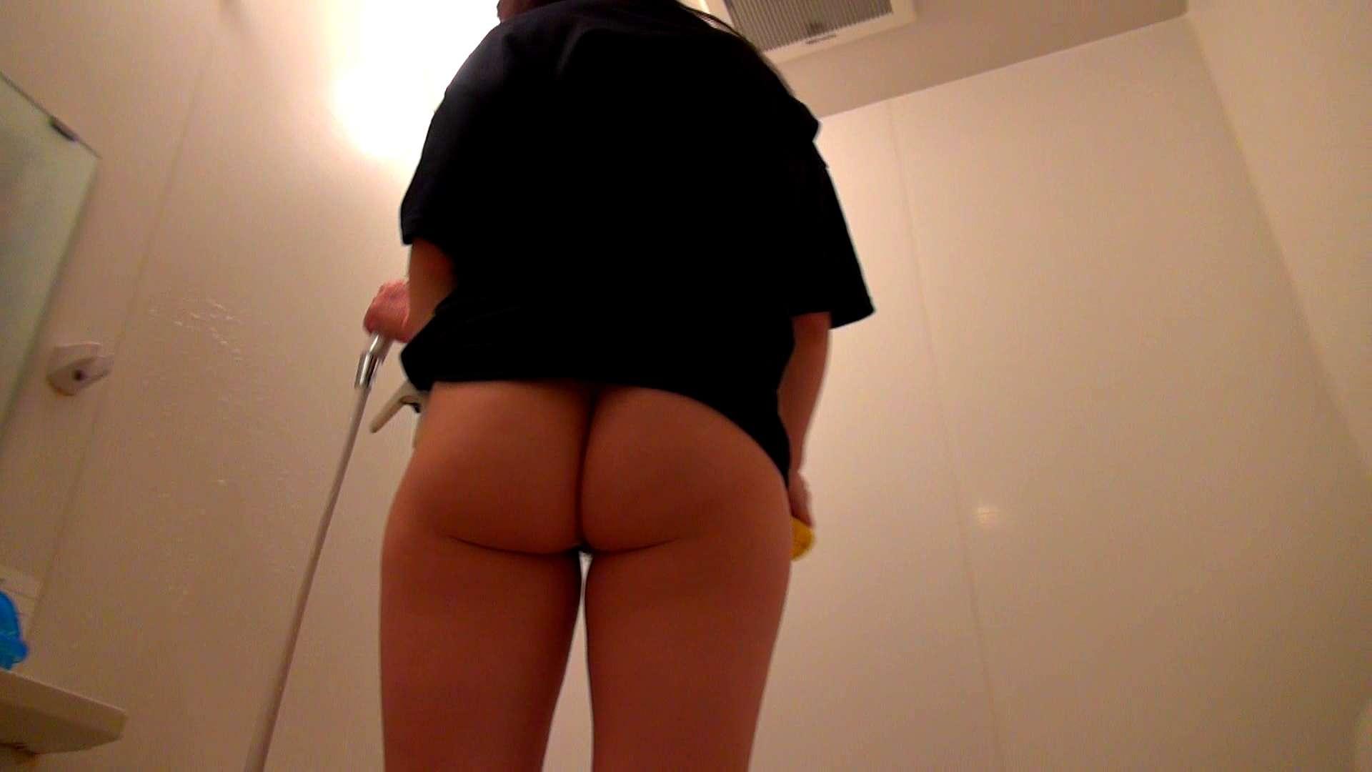 下半身裸で風呂の掃除をしてもらいました。 熟女 戯れ無修正画像 71PIX 67