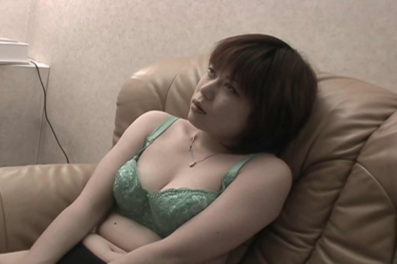 Hするために生まれてきたようなイキまくりの極エロ人妻~小池ゆり~ オナニーガール  99PIX 69