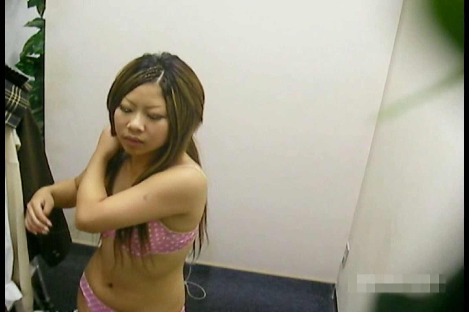 素人撮影 下着だけの撮影のはずが・・・幸子18歳 着替え | 盗撮  71PIX 37